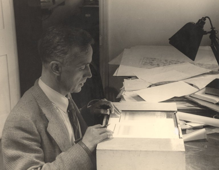Professor Harry Carlisle at his light box